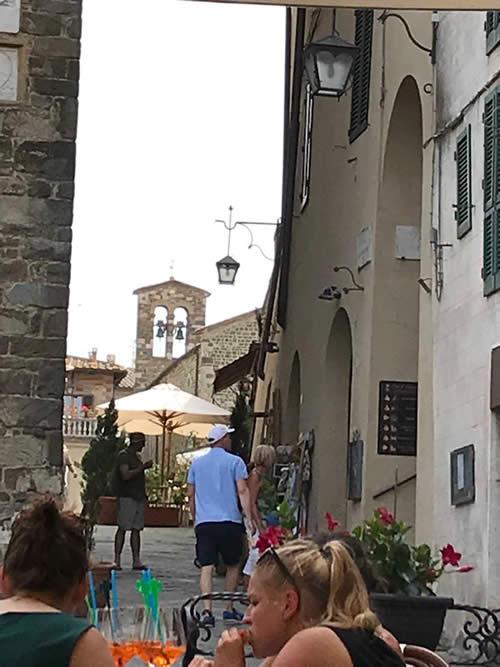 MONTALCINO - Província de Siena -  Por: Zilda Brandao